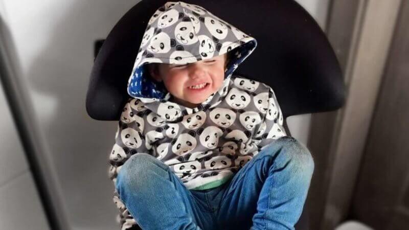 Zuckersüß von Kopf bis Fuß Nähbuch Kinderkleidung selber nähen ganz einfach Buchtipp Empfehlung nähen DIY Hoodie für Kinder Schnittmuster