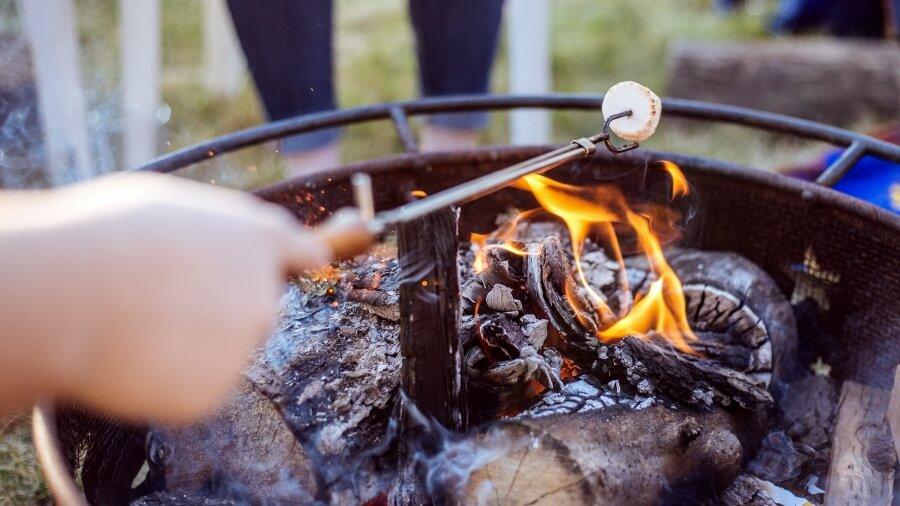 campingküche kochen outdoor kinder grillplätze in südtirol elternblog tipps zelten mit kind sommerferien urlaub zelt kochen grillen unterwegs einfach campen