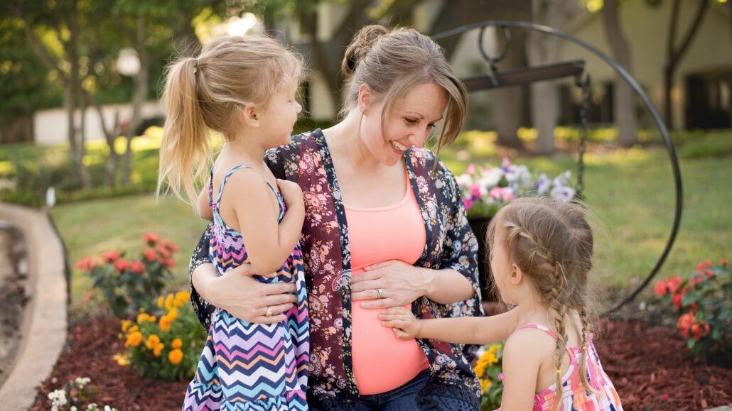 Die rentenmäßige Absicherung-der-Erziehungszeiten-für-Mütter-in-Südtirol