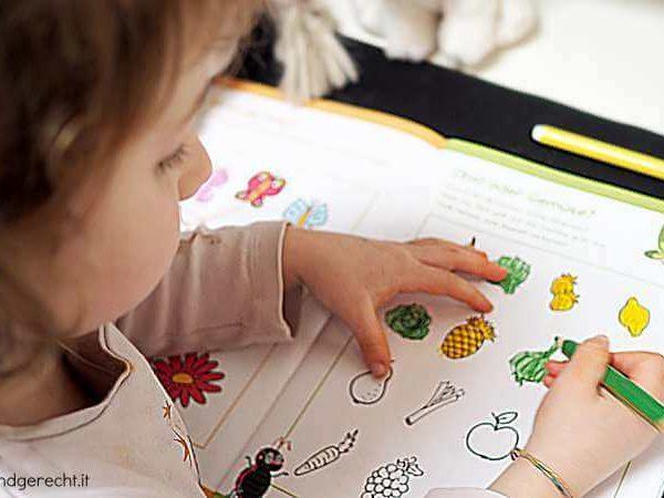 So motivierst du dein Kind zu den Hausaufgaben