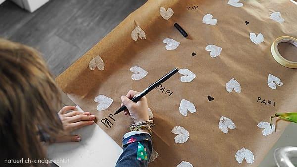 Valentinsgeschenk-selbermachen-DIY-Ideen-einpacken