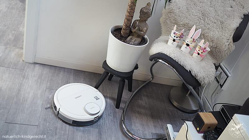 Natürlich kindgerecht hinter den Kulissen Deebot Osmo 905 von Ecovacs saugt das Zimmer